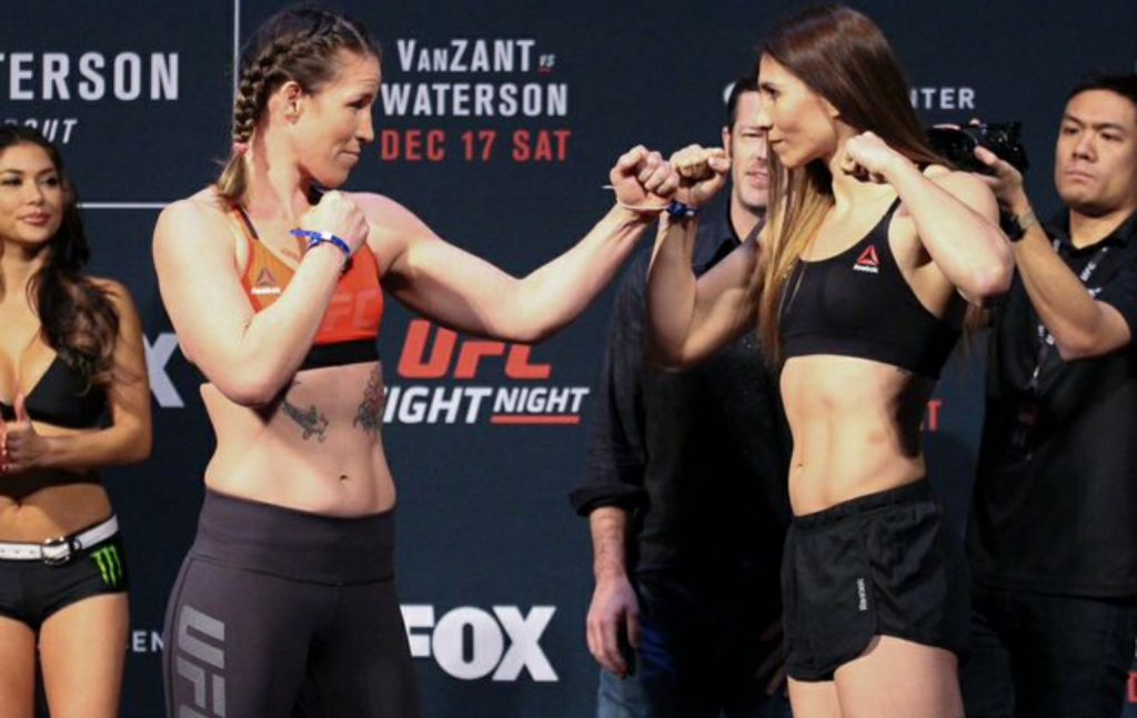 Leslie Smith vs. Irene Aldana